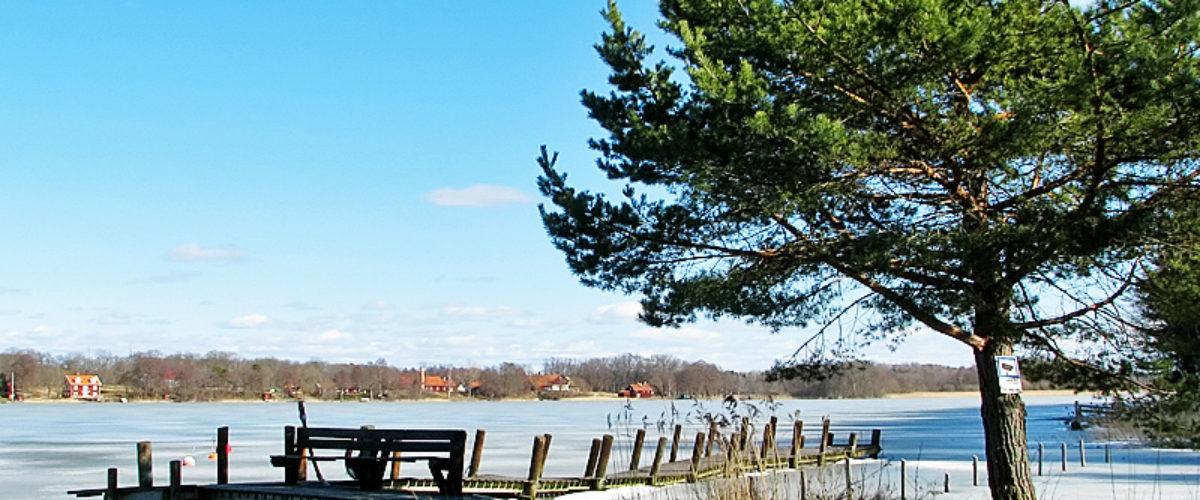 Still ice on the lake