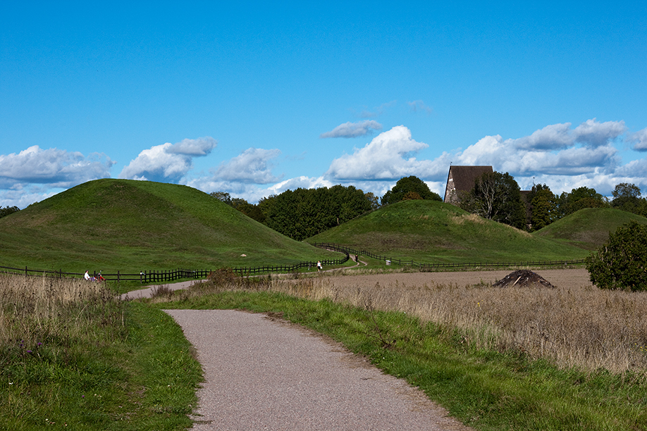 The Royal Mounds