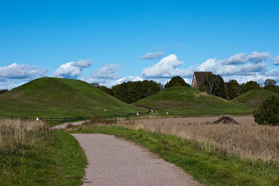 The Royal Mounds